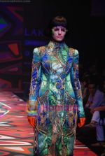 Model walks the ramp for Manish Arora Show at Lakme Winter fashion week day 1 on 17th Sept 2010 (46).JPG