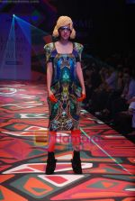 Model walks the ramp for Manish Arora Show at Lakme Winter fashion week day 1 on 17th Sept 2010 (47).JPG