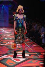 Model walks the ramp for Manish Arora Show at Lakme Winter fashion week day 1 on 17th Sept 2010 (48).JPG