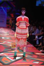 Model walks the ramp for Manish Arora Show at Lakme Winter fashion week day 1 on 17th Sept 2010 (53).JPG