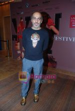 at Lakme Winter fashion week day 1-1on 17th Sept 2010 (85).JPG