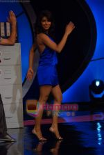 Priyanka Chopra on the sets of India_s Got Talent  in Film City on 18th Sept 2010 (9).JPG