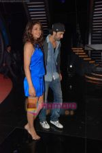 Priyanka Chopra, Ranbir Kapoor on the sets of India_s Got Talent  in Film City on 18th Sept 2010 (61).JPG