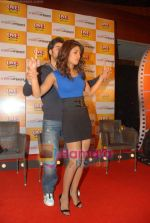 Ranbir Kapoor and Priyanka Chopra launch Oye FM  in Novotel on 18th Sept 2010 (40).JPG