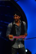 Ranbir Kapoor on the sets of India_s Got Talent  in Film City on 18th Sept 2010 (7).JPG