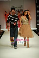 Chitrangada Singh walks the ramp for Arpan Vohra Show at Lakme Winter fashion week day 3 on 19th Sept 2010 (22).JPG