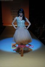 Chitrangada Singh walks the ramp for Arpan Vohra Show at Lakme Winter fashion week day 3 on 19th Sept 2010 (4).JPG