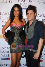 Koena Mitra at Lakme Winter fashion week 2010 day 3 on 19th Sept 2010 (7).JPG
