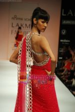 Model walks the ramp for Arpan Vohra Show at Lakme Winter fashion week day 3 on 19th Sept 2010 (105).JPG