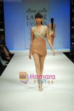 Model walks the ramp for Arpan Vohra Show at Lakme Winter fashion week day 3 on 19th Sept 2010 (13).JPG