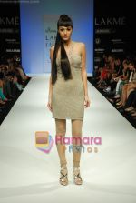 Model walks the ramp for Arpan Vohra Show at Lakme Winter fashion week day 3 on 19th Sept 2010 (51).JPG