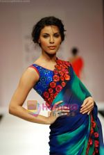 Model walks the ramp for Nachiket Barve Show at Lakme Winter fashion week day 3 on 19th Sept 2010 (27).JPG