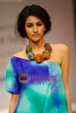 Model walks the ramp for Nachiket Barve Show at Lakme Winter fashion week day 3 on 19th Sept 2010 (42).JPG