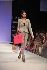 Model walks the ramp for Rajat Tangri Show at Lakme Winter fashion week day 3 on 19th Sept 2010 (26).JPG