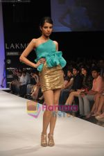 Model walks the ramp for Rajat Tangri Show at Lakme Winter fashion week day 3 on 19th Sept 2010 (37).JPG