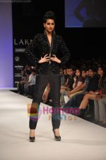 Model walks the ramp for Rajat Tangri Show at Lakme Winter fashion week day 3 on 19th Sept 2010 (45).JPG