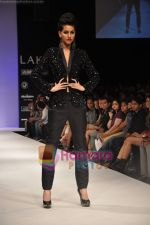 Model walks the ramp for Rajat Tangri Show at Lakme Winter fashion week day 3 on 19th Sept 2010 (46).JPG