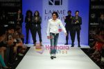 Model walks the ramp for Sanjay Hingu Show at Lakme Winter fashion week day 3 on 19th Sept 2010 (55).JPG
