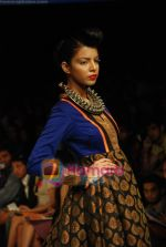 Model walks the ramp for V J Balhara Show at Lakme Winter fashion week day 3 on 19th Sept 2010 (30).JPG