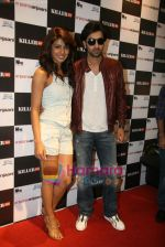 Ranbir Kapoor, Priyanka Chopra promote Anjaani Anjaani in Killer Store on 19th Sept 2010 (13).JPG