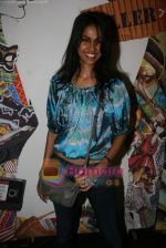 at Narendra Kumar Show in Vie Lounge at Lakme Winter fashion week day 3 on 19th Sept 2010 (52).JPG