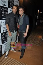 at Rajat Tangri Show at Lakme Winter fashion week day 3 on 19th Sept 2010 (19).JPG