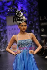 Model walks the ramp for Neeta Lulla Show at Lakme Winter fashion week day 5 on 21st Sept 2010 (60).JPG