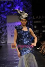 Model walks the ramp for Neeta Lulla Show at Lakme Winter fashion week day 5 on 21st Sept 2010 (64).JPG