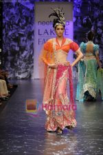 Model walks the ramp for Neeta Lulla Show at Lakme Winter fashion week day 5 on 21st Sept 2010 (84).JPG