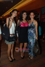 at Lakme Winter fashion week 2010 day 5 on 21st Sept 2010 (272).JPG