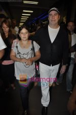 John Trivolta arrives in Mumbai in International Airport, Mumbai on 25th Sept 2010 (8).JPG