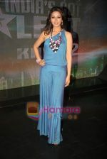 Sonali Bendre on the sets of India_s Got Talent to annouce finalists in Film City on 25th Sept 2010 (4).JPG