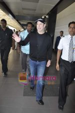 John Travolta left India and went to Moscow in Mumbai International Airport on 28th Sept 2010 (15).JPG