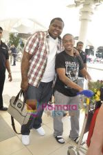 Sean Kingston come to India for a live gig at Hard Rock Cafe and record a song with Indian music director Aadesh Shrivastava on 28th Sept 2010 (7).JPG