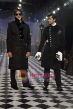Amitabh Bachchan, Hrithik Roshan walks the ramp for Karan Johar and Varun Bahl_s show on Day 2 of HDIL on 7th Oct 2010 (15).JPG