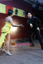 Kitu Gidwani at Sandip Soparrkar_s International Dance day in Enigma on 8th Oct 2010 (17).JPG