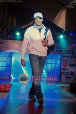 zulfi sayed at Runway Central show in Oberoi Mall, Goregaon on 9th Oct 2010.JPG