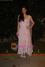 V J Mia at Nisha Merchant_s festive colelction launch at Fuel , Khar on 12th Oct 2010 (11).JPG