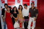 Mouni Roy, Gaurav Chopra, Rajesh Khattar, Vandana Sajnani, Payal Rohatgi at Red Ant Cafe launch in Bandra on 17th Oct 2010 (12).JPG
