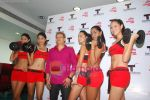 Kingfisher calendar girls at Talwalkars in Mumbai Central on 18th Oct 2010 (16).JPG