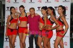 Kingfisher calendar girls at Talwalkars in Mumbai Central on 18th Oct 2010 (99).JPG