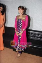Aashka Goradia on the sets of KBC in FilmCity on 24th Oct 2010 (2)~0.JPG