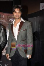 Yuvraaj Parashar at Dunno Y Jaane Kyun film success at Sydeney film festival bash in malad on 28th Oct 2010 (2).JPG