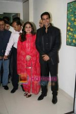 Anil Ambani, Tina Ambani, Gulshan Grover and Akshay Kumar at Dhirubai Ambani hospital to launch centre for sport medicine in Andheri, Mumbai on 29th Oct 2010 (8).JPG