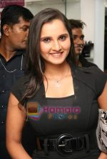 Sania Mirza at Mansoor Khan make-up lounge launch in Malad on 29th Oct 2010 (13).JPG