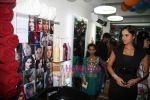 Sania Mirza at Mansoor Khan make-up lounge launch in Malad on 29th Oct 2010 (15).JPG
