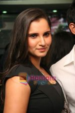 Sania Mirza at Mansoor Khan make-up lounge launch in Malad on 29th Oct 2010 (22).JPG
