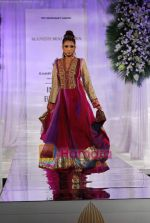 Model walks the ramp for Manish Malhotra at Aamby Valley India Bridal Week day 5 on 2nd Nov 2010 (125).JPG