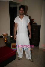 Yuvraaj Parashar at Kapil Sharma_s bday bash in Bandra on 7th Nov 2010 (2).JPG