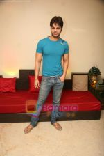 Yuvraaj Parashar at the press meet of the film Dunno Y Na Jaane Kyun... at Hicons,Bandra, Mumbai on 10th Nov 2010 (26).JPG